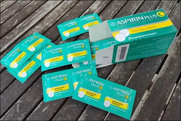 Unfall beim Haarefärben mit Garnier Nutrisse N7 – Asch und Grünstich! Aspirin-Spülung