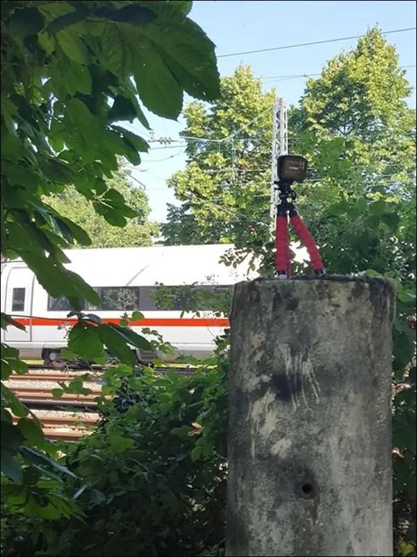 Somikon Mini-Selfie-Cam und Mini-Stativ