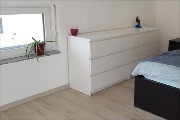 Lifestyle Schlafzimmer mit Kniestock Fenstern