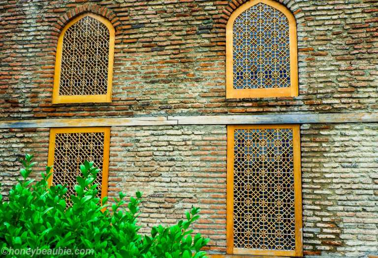 windows-architecture-design-batonis-tsikhe-fortress-castle-telavi