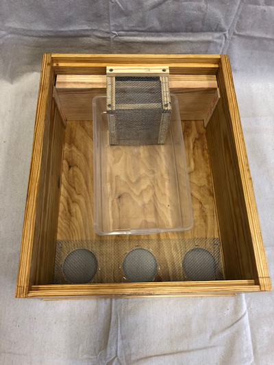 The feeder box with plastic tray in place.