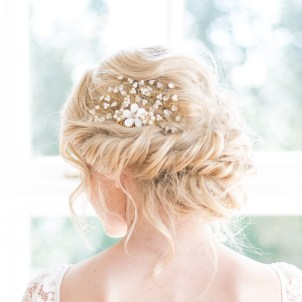 Floral freshwater pearl and Swarovski gold wedding hair slide - Daisy