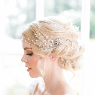 Floral crystal and pearl bridal hair comb - Camellia