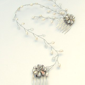 Floral crystal and pearl wedding hair comb - Camellia