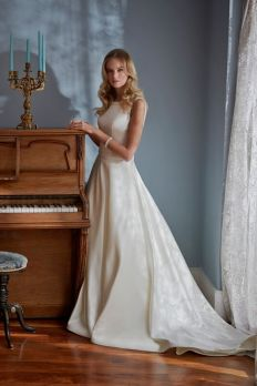 MiaMia Estelle wedding dress