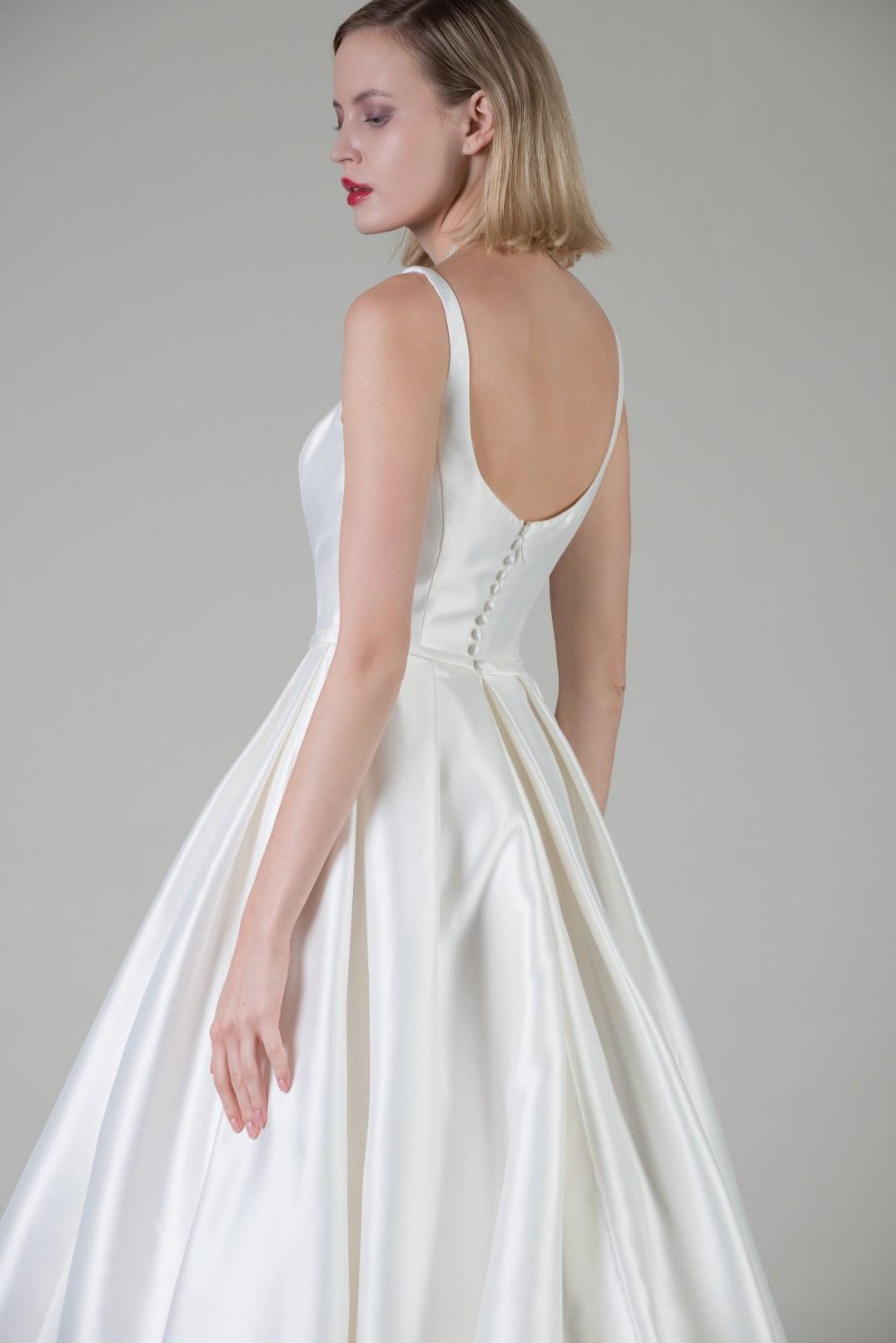 MiaMia Bologna wedding gown