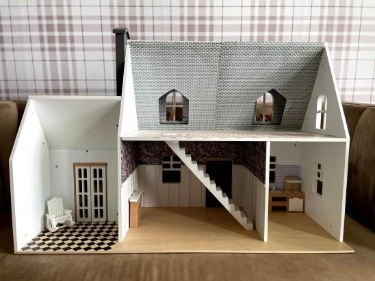 Doll house flooring. Cricut flooring DIY