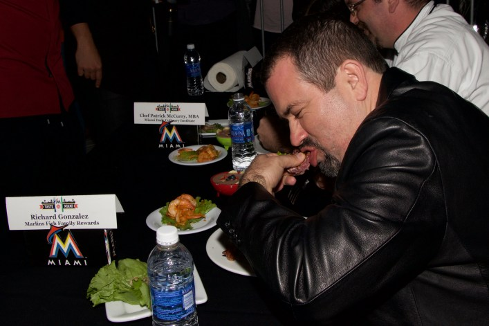 """There's a time for """"table manners,"""" and there's a time to DIG IN! The Judges @ Taste of Miami 2015"""