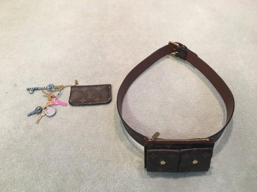 Honey Good sometimes attaches a wallet to a belt when choosing a purse