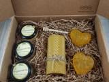 Подарочный набор с мёдом «Два сердца» (женский)