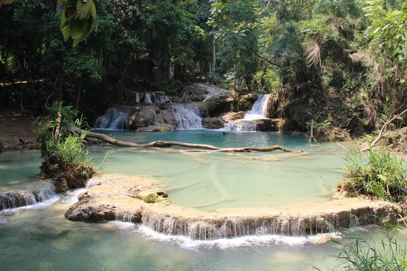 Natural pool at Kuang Si waterfalls