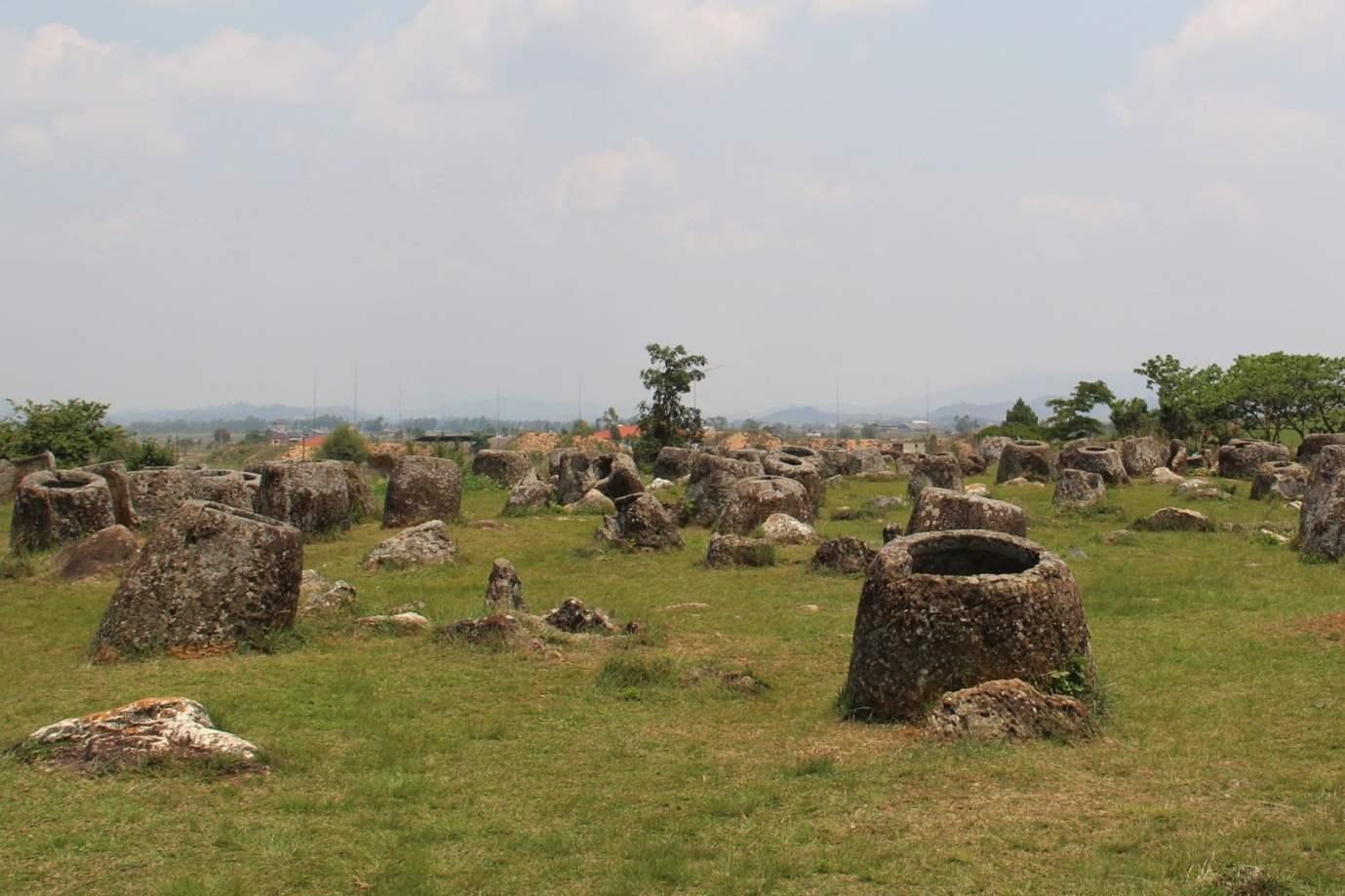 Jar site 1 Phonsavan