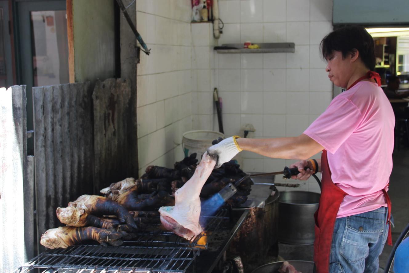 Bangkok China Town burnt pig legs