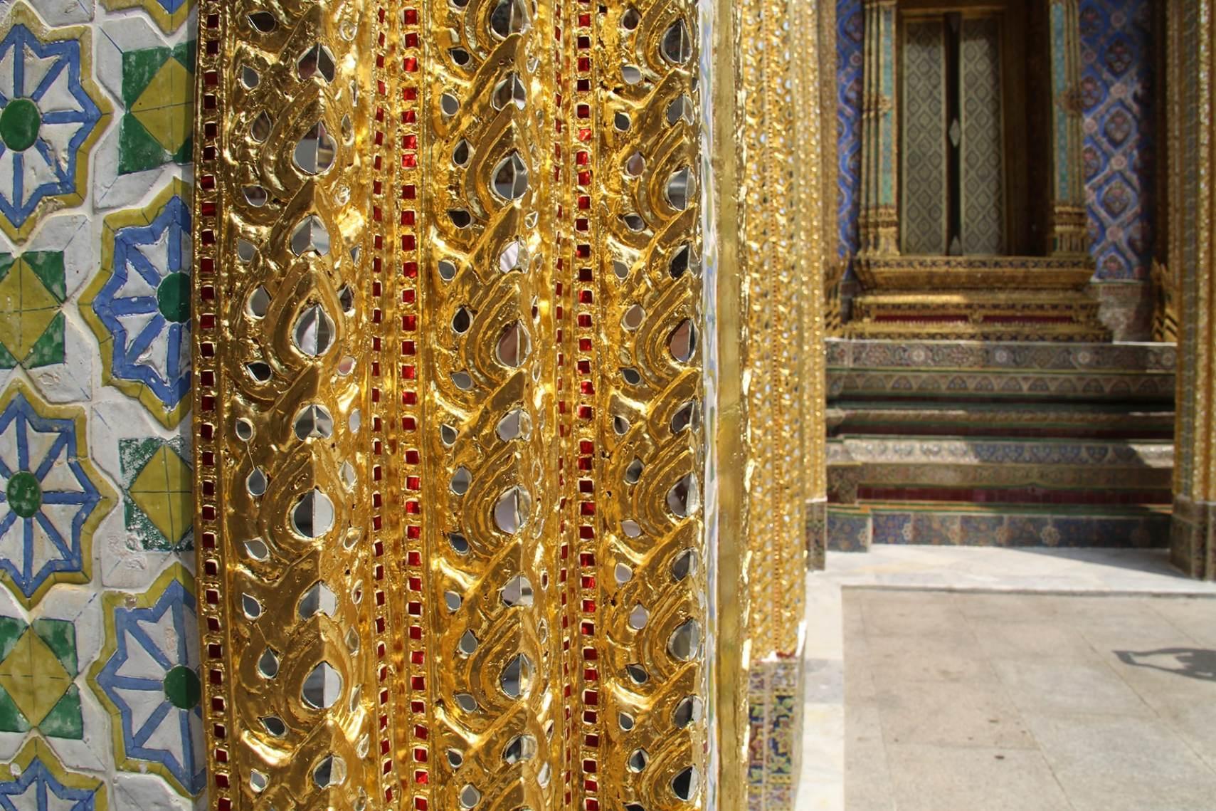 Bangkok Grand palace decorations column precious stones