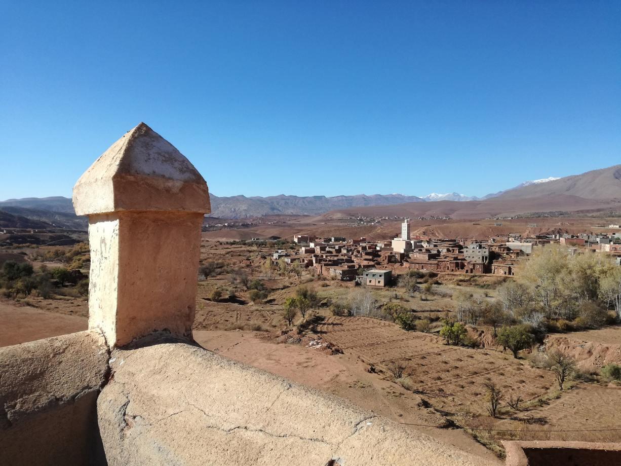 Vista del villaggio dal tetto della kasbah di Telouet