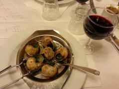 Escargot stuffed with garlic butter sauce