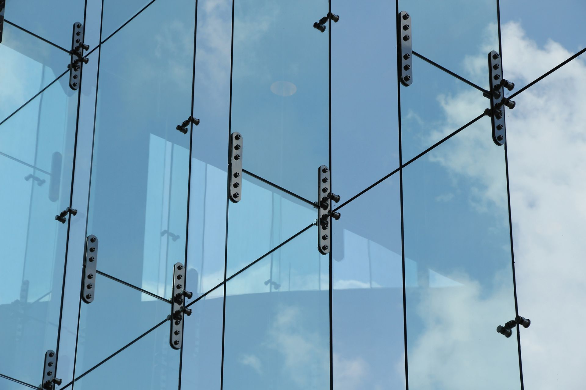 Glass Fins Hongjia Architectural Glass Manufacturer