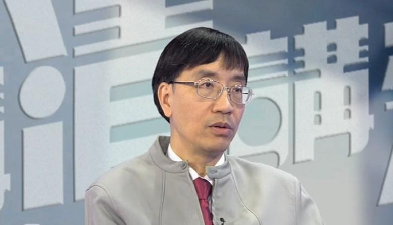 Yuen Kwok-yung.