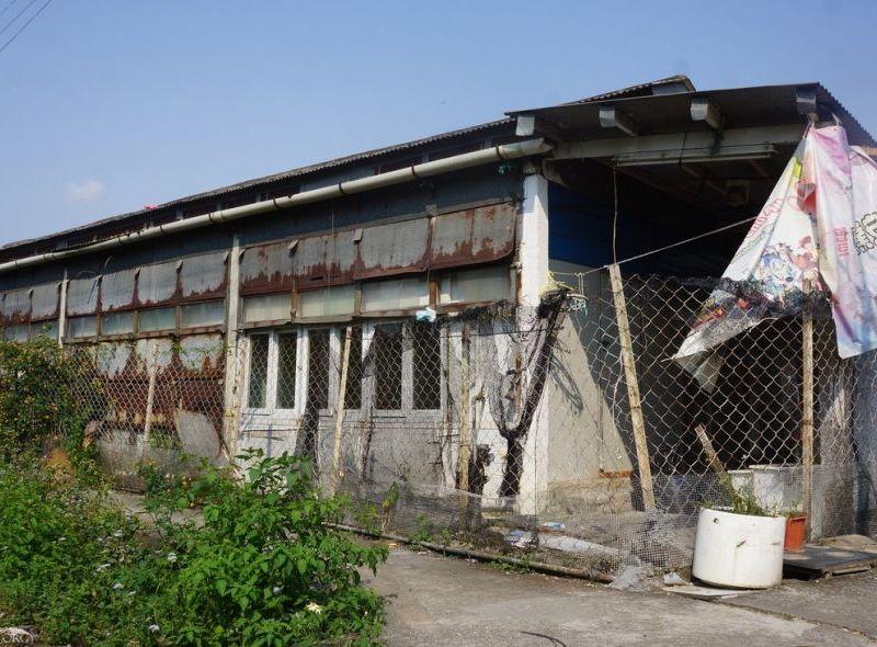 refugee slum