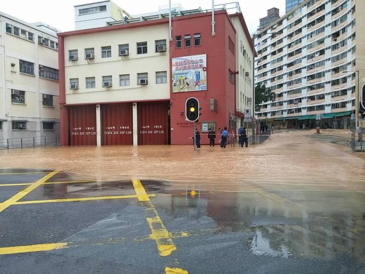 Flooding outside Ma Tau Chung fire station. Photo: Cheri Choy via Facebook.