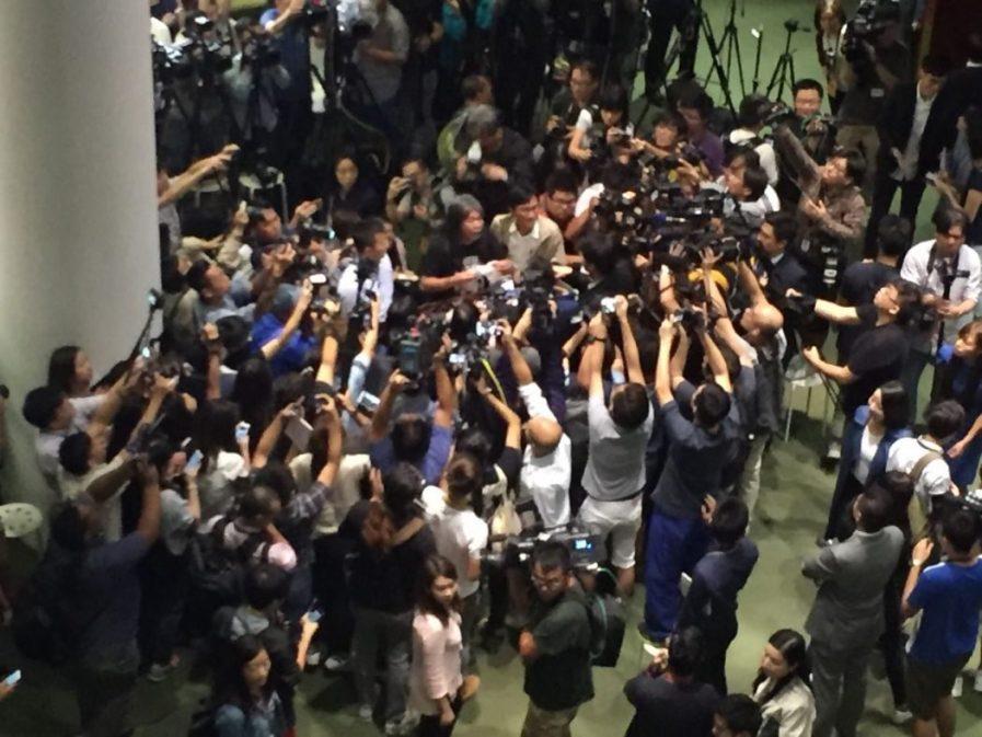 lawmakers hk oath