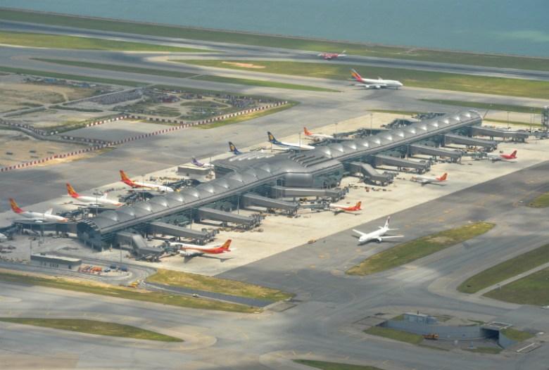 airport-tarmac-terminal-6