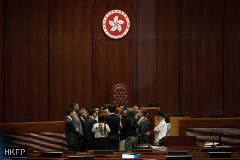 opposition-camp-questions-the-legco-secretary