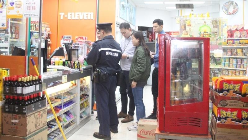 convenience store mong kok