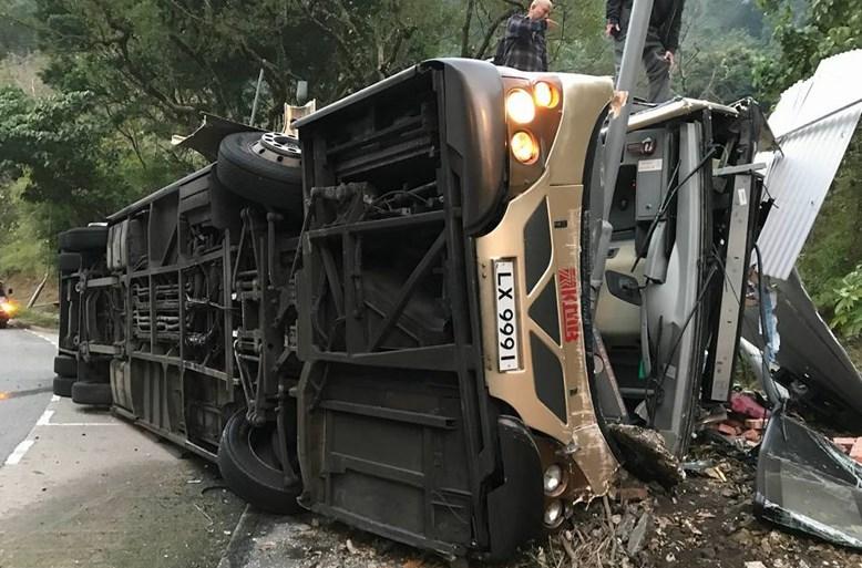 tai po bus crash