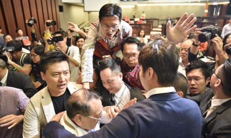 extradition legco chaos