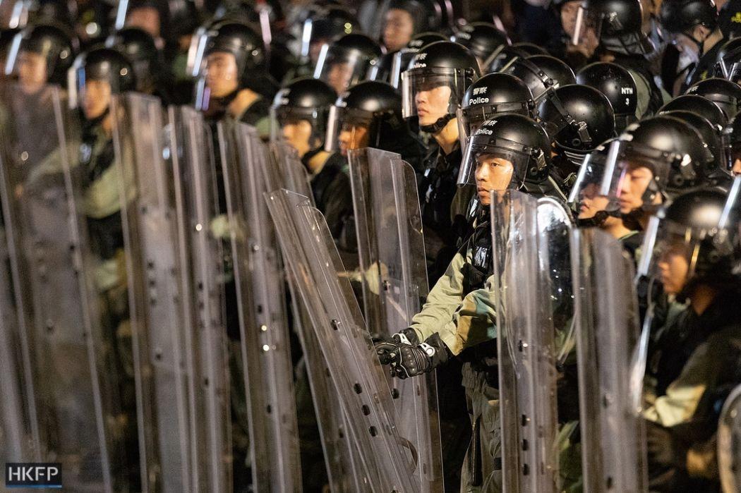 14 july sha tin china extradtiion new town plaza mall (11) riot police