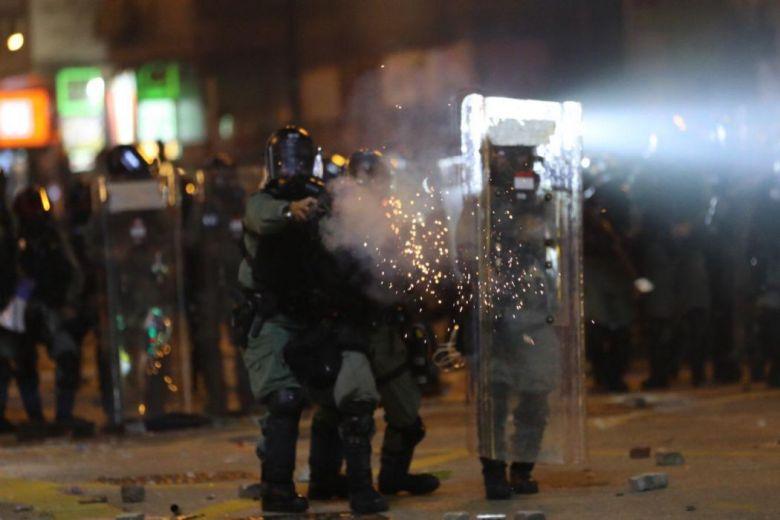 tear gas Yau Ma Tei november 18