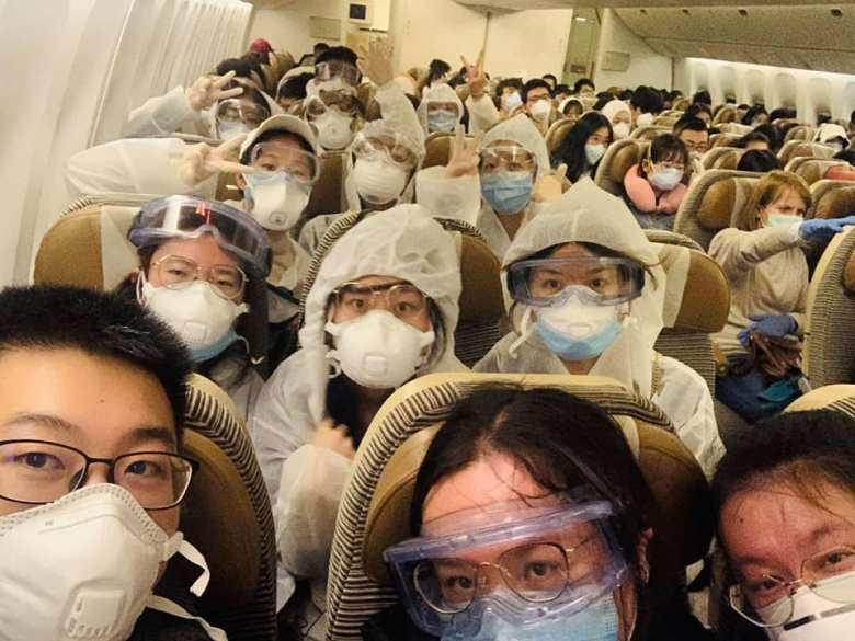 masks flights surgical coronavirus virus