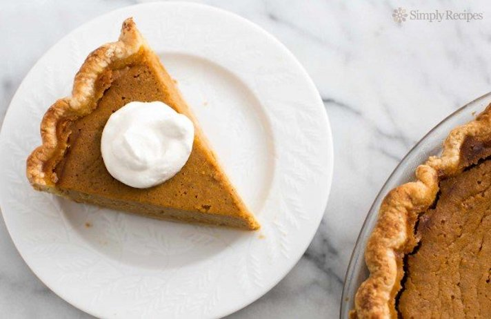 STYLECASTER | 17 Classic Pie Recipes That Deserve a Spot on Your Holiday Spread | Pumpkin Pie