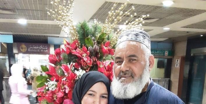 الجزائرية صفية حويليه ووالدها  «صفية» ترد جميل والدها برحلة من الجزائر لمصر: افتكرونا بنصور مسلسل تاريخي 16184848871610569845