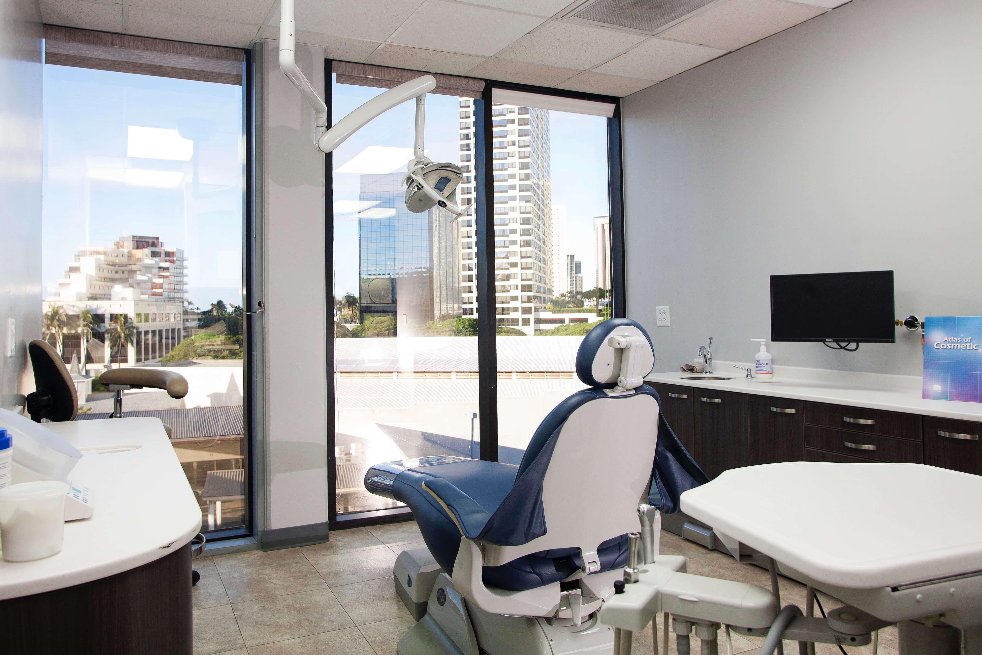 Kaka'ako Smiles dental office, treatment room