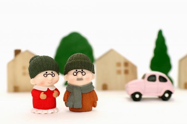 【体験談】高齢者はアパートを借りれない?!借りるためには?購入も検討するべき?