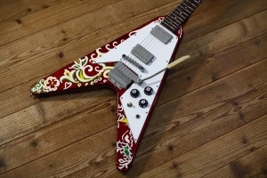 【SOLD】【USED】 Kid's Guitar Flying V Type Candy Apple Red w/Psychedelic Paint