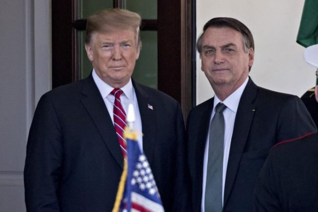 Jair Bolsonaro alongside president Trump, who has also lied about the effectiveness of hydroxychloroquine to treat COVID-19.