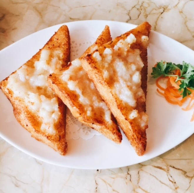 Old Fashioned Prawn Toast