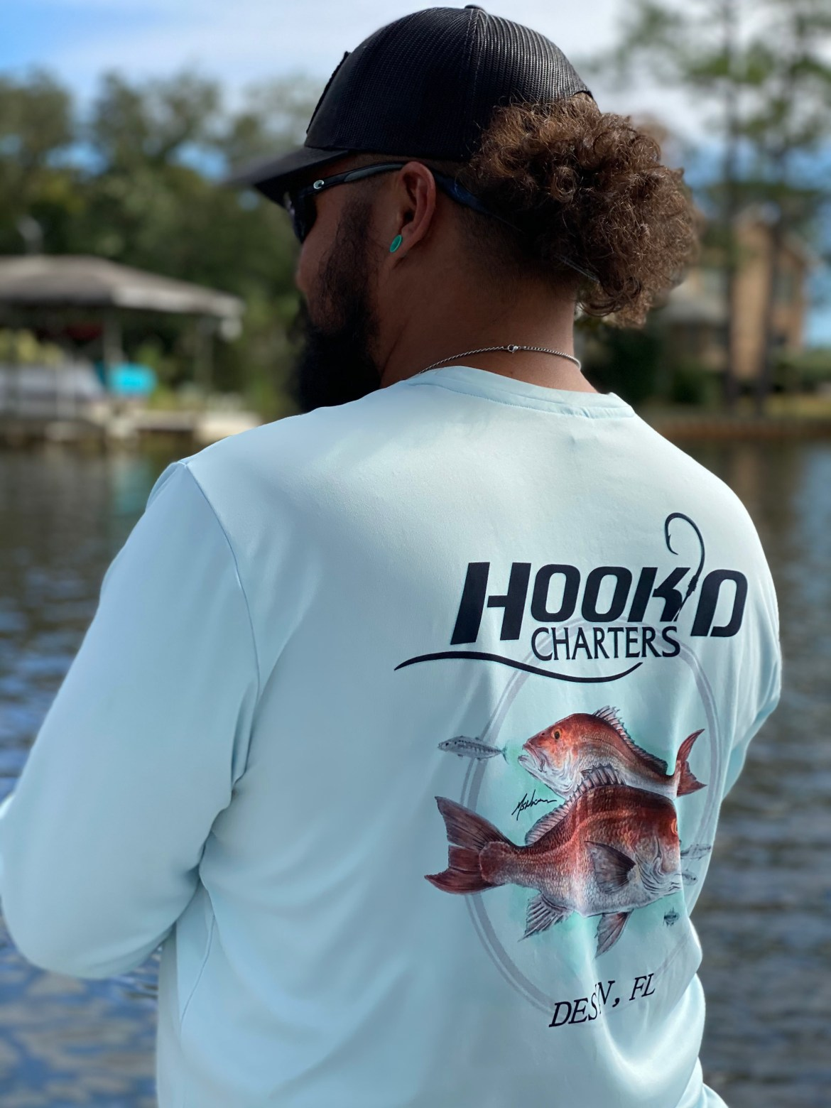 Hook'D Performance Shirt