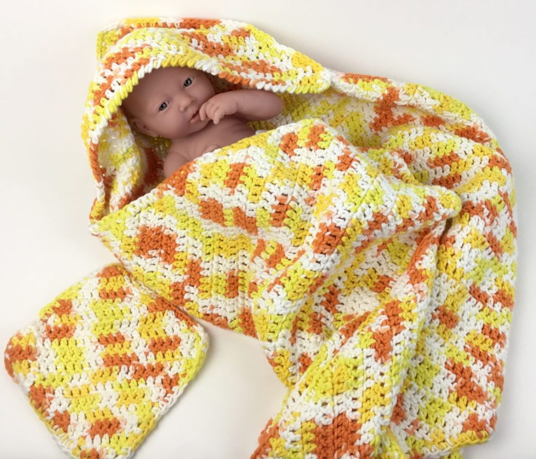 Free crochet pattern - baby hooded bath towel and washcloth set