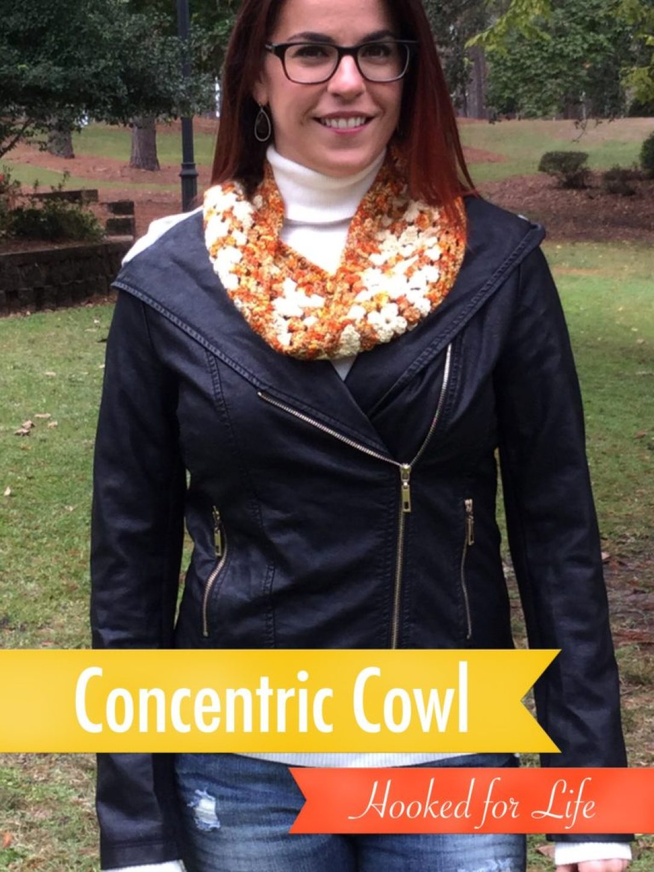 Free crochet pattern Concentric Cowl from Hooked for Life Publishing in Zen Yarn Garden Serenity DK #freecrochetpattern