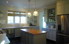 Classy Bedford Kitchen That You Can Easily DIY