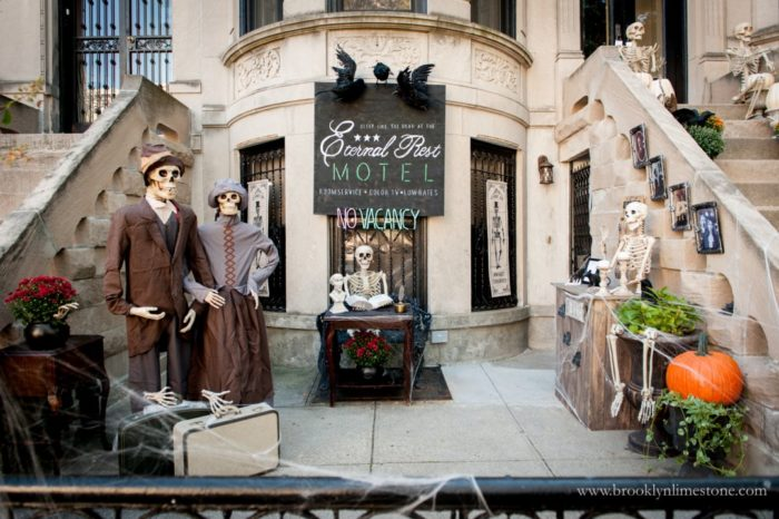 Brooklyn Limestone blog Halloween decor 2017