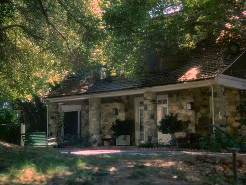 Hart to Hart House Exterior on TV Show