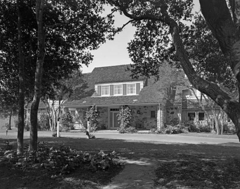 House Beautiful photo of Amber Hills Estate 1944