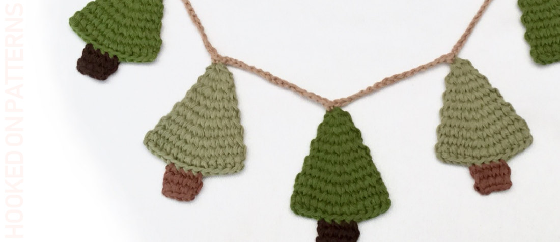 Free Christmas Tree Garland Crochet Pattern