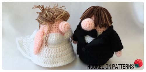 Bride and Groom Gonk Crochet Patterns image showing the finished bride and groom.