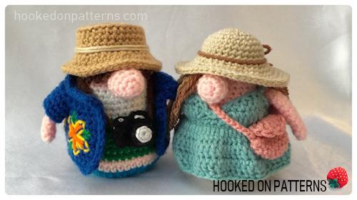 Tourist Gonks Crochet Pattern image of Adam and Eve Gonk crochet dolls standing together